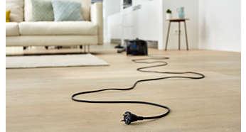 Przewód o długości 10m umożliwia odkurzanie w bardziej oddalonych miejscach bez przełączania wtyczki