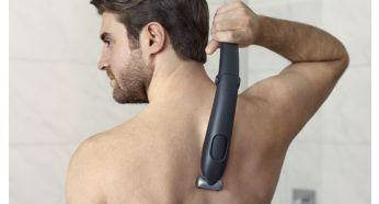Удлиненная рукоятка облегчает доступ к спине