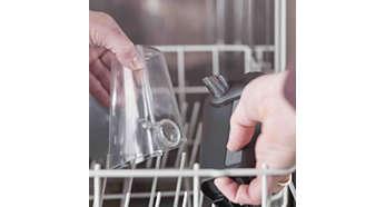И двете части на LatteGo са безопасни за миене в съдомиялна машина