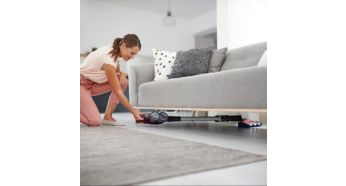 Fast reach everywhere, even under low furniture - Philips SpeedPro Max Stick Vacuum Cleaner