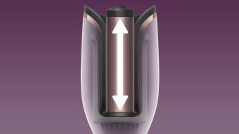 По-дългият цилиндър за къдрене оформя два пъти повече коса с едно движение*