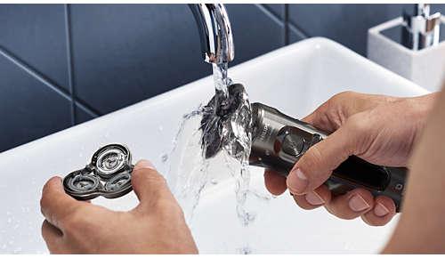 Bequeme Reinigung - öffnen Sie einfach den Scherkopf und spülen Sie ihn aus