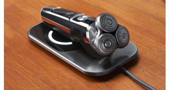 Полностью зарядите бритву через три часа с помощью зарядной подушки Qi