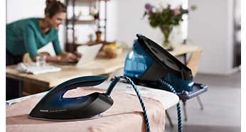 La semelle, même chaude, peut être posée sur la table à repasser en toute sécurité