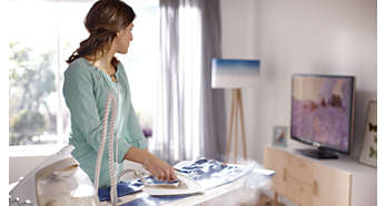 Vročo likalno ploščo lahko varno pustite na likalni deski