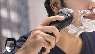 Aquatec para una cómoda afeitada en seco o una refrescante afeitada en húmedo