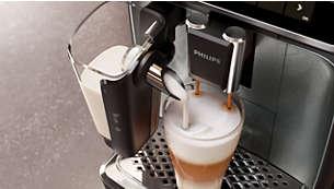 Une mousse de lait onctueuse grâce à la carafe à lait haute vitesse LatteGo