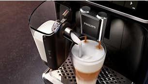 Zijdezacht en glad melkschuim met het snelle LatteGo-systeem