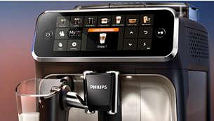 Intuicyjny wyświetlacz umożliwia łatwe wybranie dostępnego rodzaju kawy