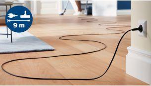 Przewód o długości 9m umożliwia odkurzanie w bardziej oddalonych miejscach bez przełączania wtyczki