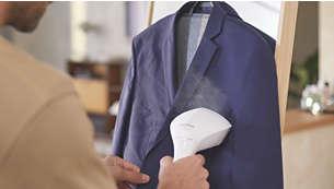 Netezeşte hainele agăţate pe umeraş sau întinse