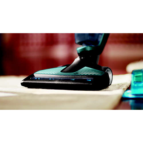 Cordless rechargeable vacuum cleaner