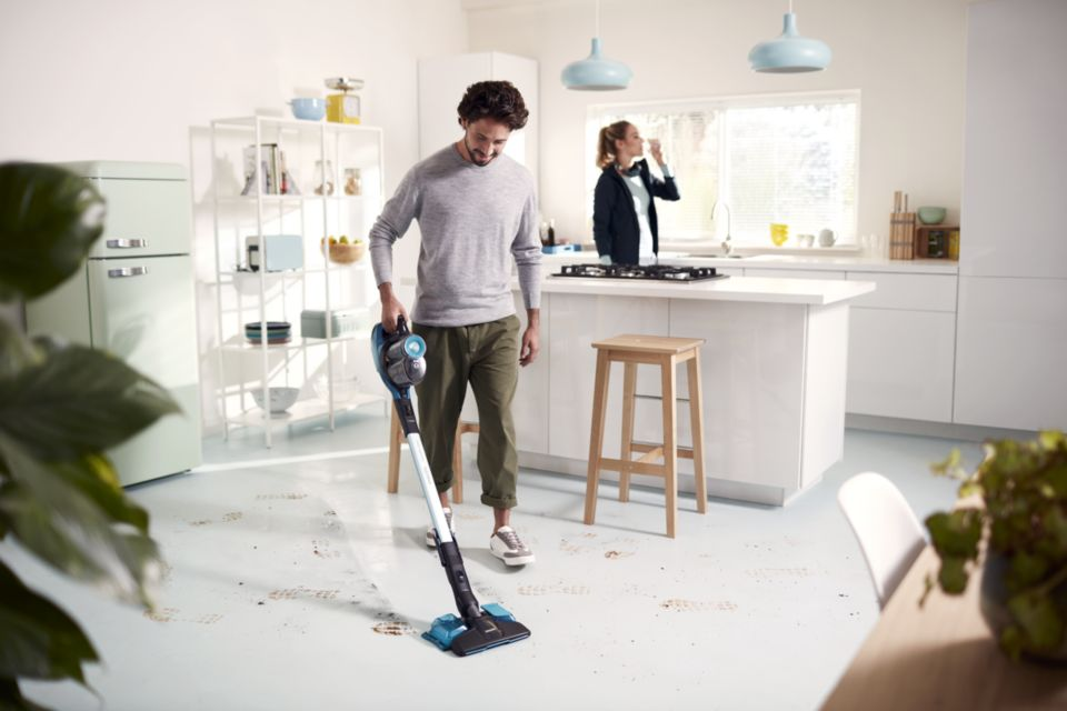 Fast. 3-in-1 with vacuum, mop and handheld