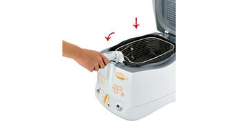 Rise and fall frying basket prevents oil splashes