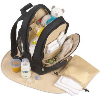 Genügend Platz für Babykleidung, Schnuller und Wickelzubehör