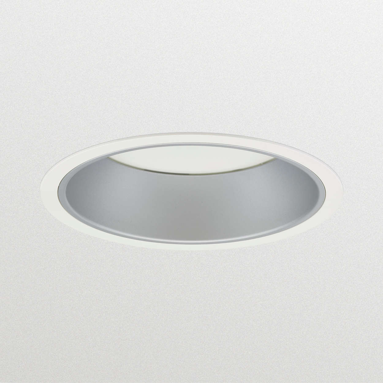 LuxSpace 2 recessed – high efficiency, visual comfort and a stylish design