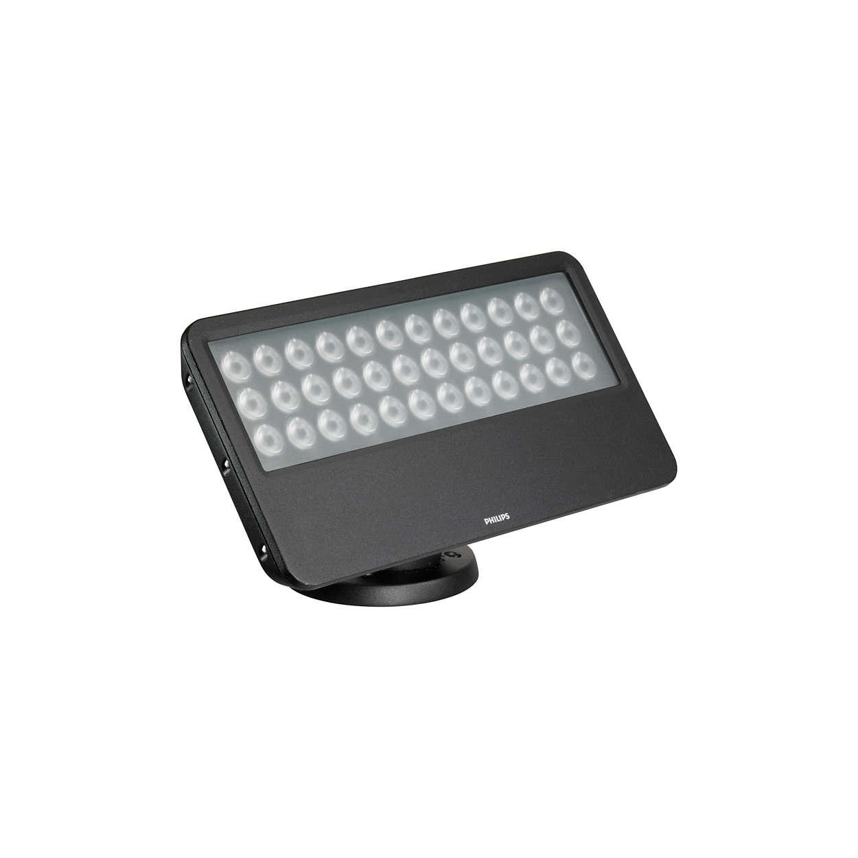 Cea mai bună instalaţie pentru iluminat intens de exterior cu LED-uri, cu lumină de culoare solidă
