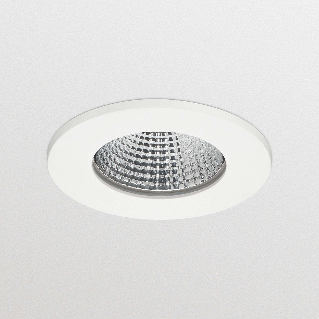 ClearAccent: foco LED empotrable y asequible
