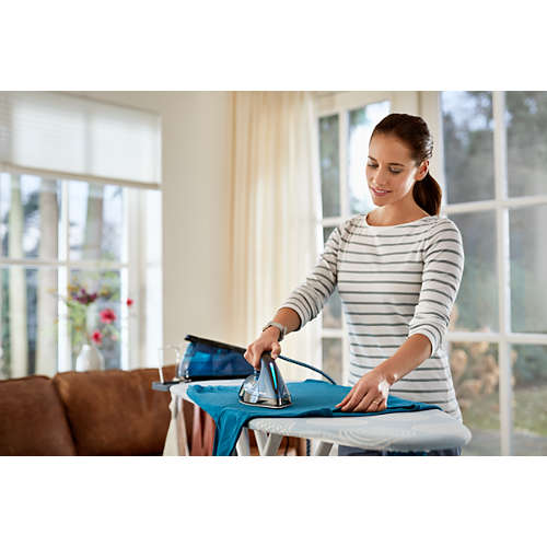 PerfectCare Compact Steam generator iron