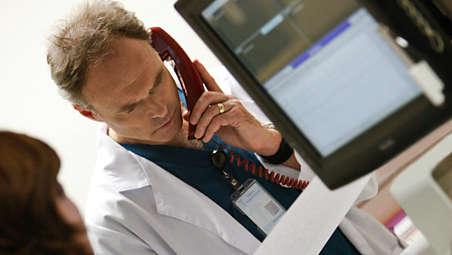 Dokładne wskazówki głosowe towarzyszące danym na ekranie