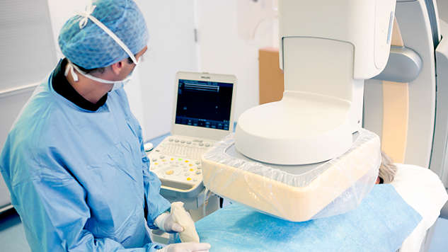 Integrated CX50 xMATRIX ultrasound system: High quality ultrasound tableside
