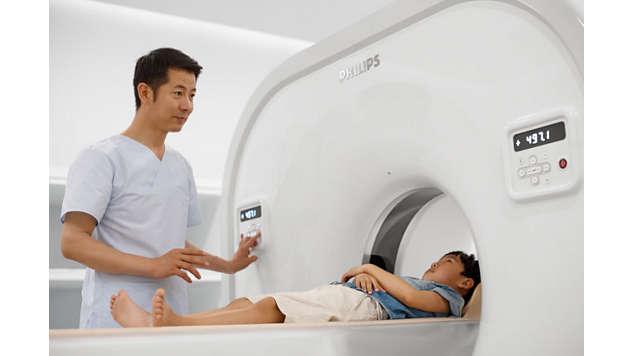 Proporciona uma qualidade de imagem excepcional mesmo para pacientes pequenos