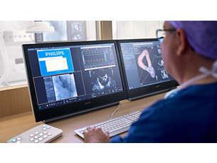 FlexSpot Consola de trabajo integrada centrada en el usuario en la sala de control
