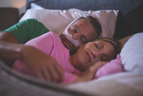 DreamWear Máscara nasal sob o nariz