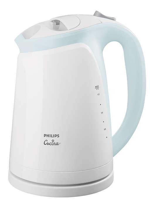 Klares Wasser, saubererer Wasserkocher