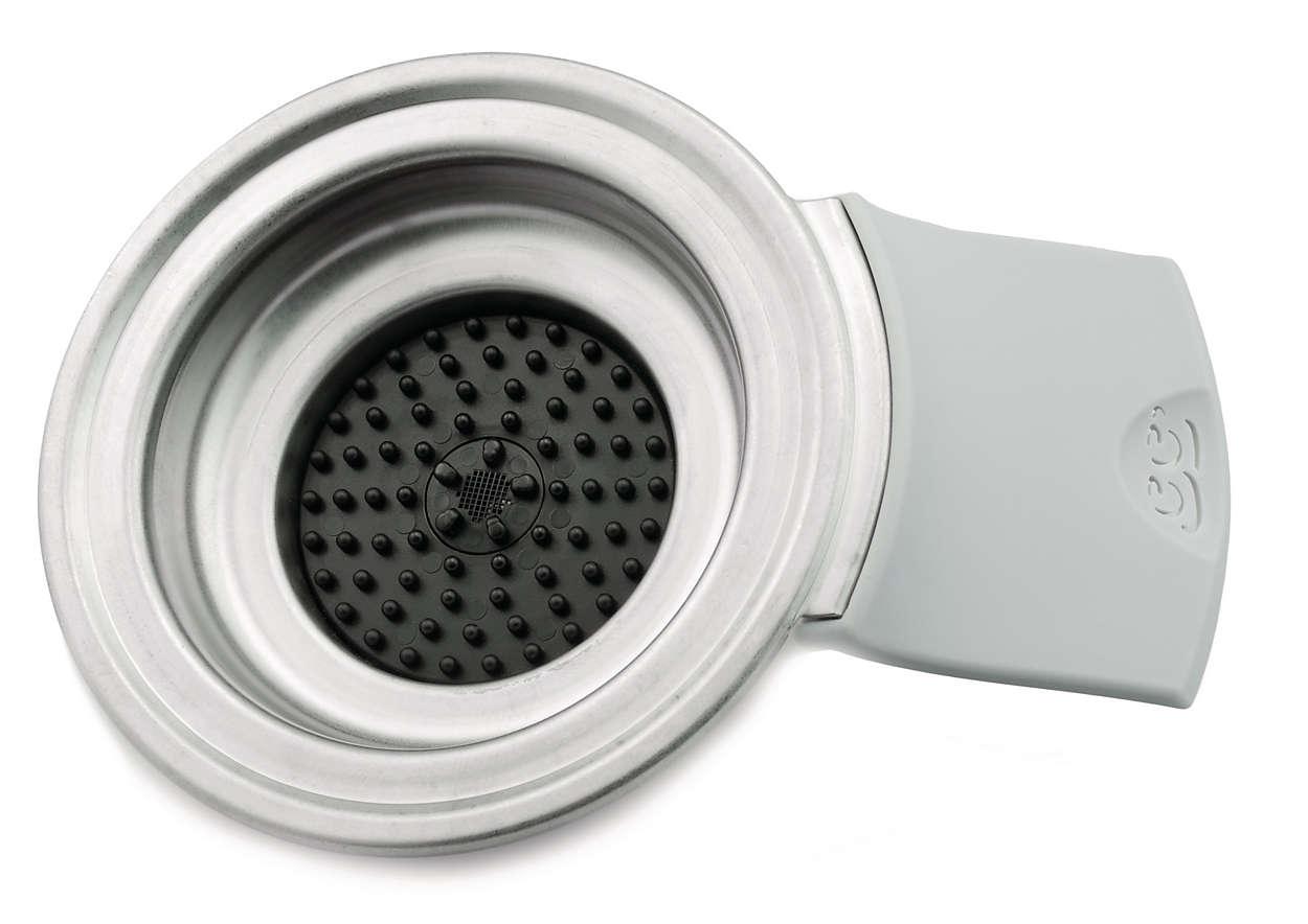 Recouvre le réservoir d'eau de votre cafetière