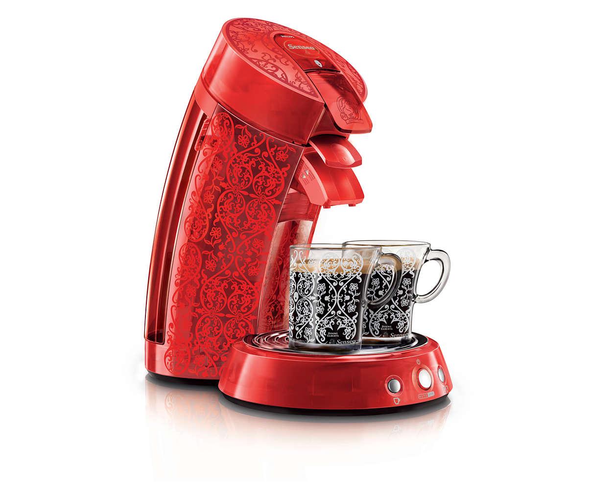 Leckerer frisch gebrühter Kaffee mit Stil