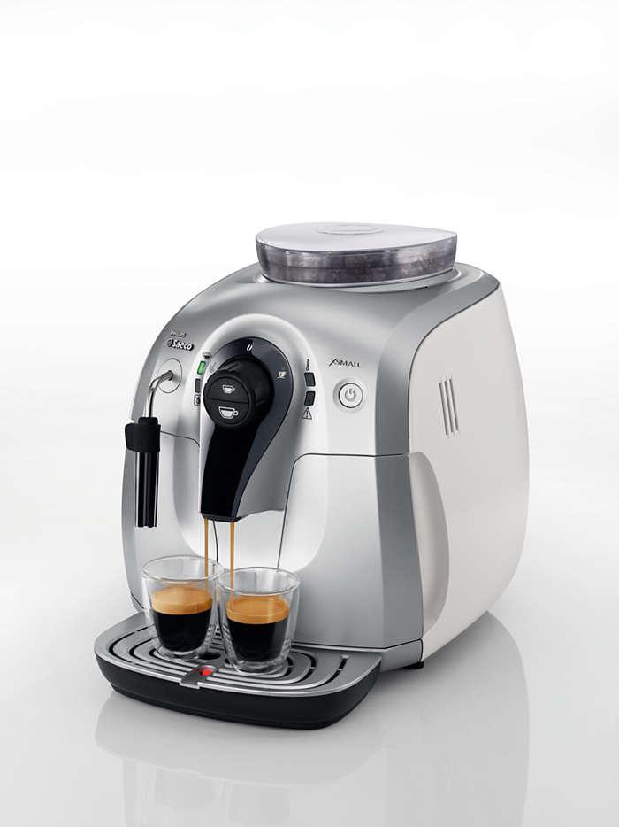 Prova l'aroma dei chicchi di caffè preferiti.