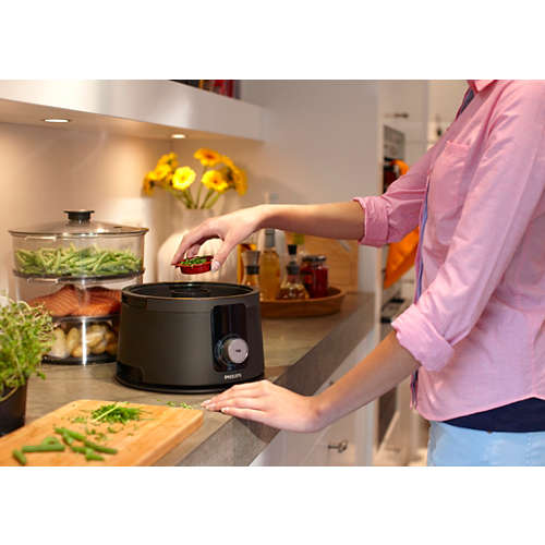 Avance Collection Steamer