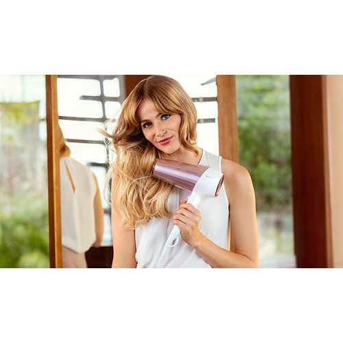DryCare Prestige Vysoušeč vlasů MoistureProtect