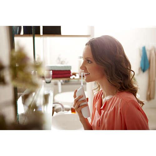 Sonicare AirFloss Ultra Přístroj mezizubní hygieny s automatickým doplněním