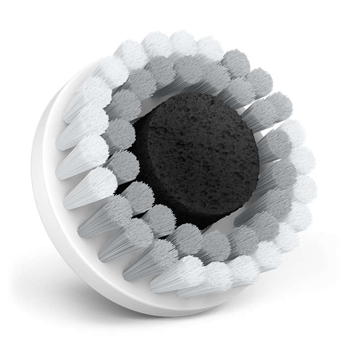 使用活性竹炭海绵进行防雾霾洁面
