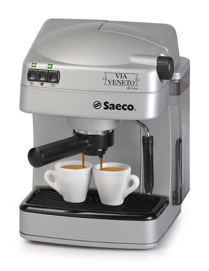 Geniet van uw Italiaanse espresso