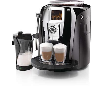 Nyt kaffen på en elegant måte