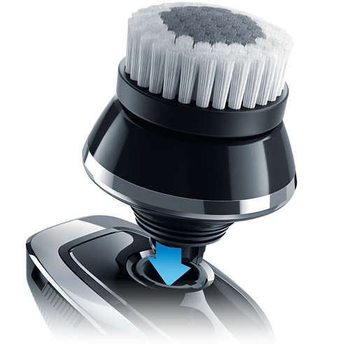 Norelco SmartClick oil-control cleansing brush