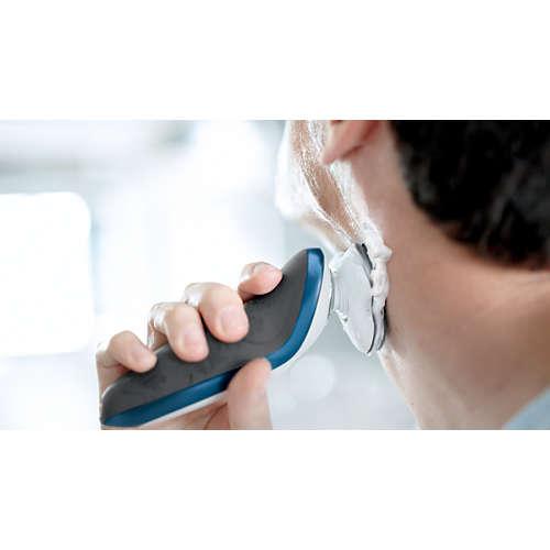 Shaver series 7000 Elektrisch scheerapparaat voor nat en droog scheren
