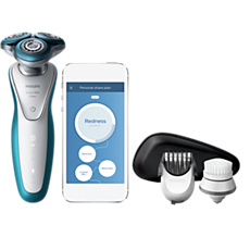 S7921/51 -   Shaver series 7000 Wet and dry electric shaver