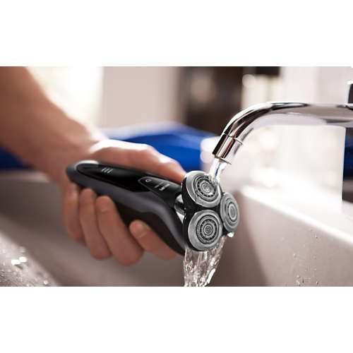 Shaver series 9000 wet and dry electric shaver