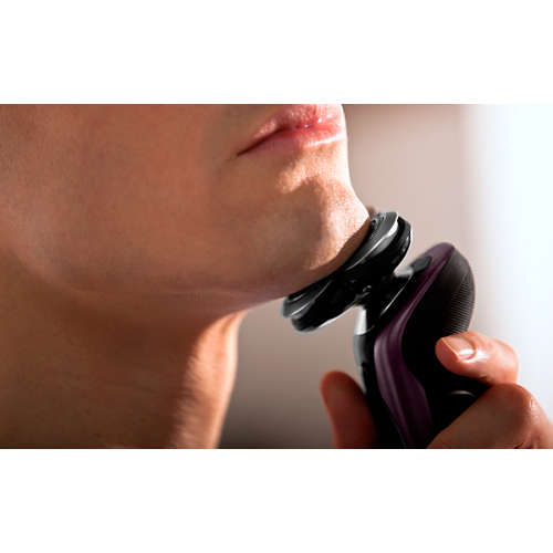 Shaver series 9000 Elektrisch scheerapparaat voor nat en droog scheren