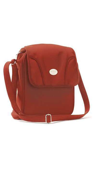 La borsa indispensabile per i viaggi brevi