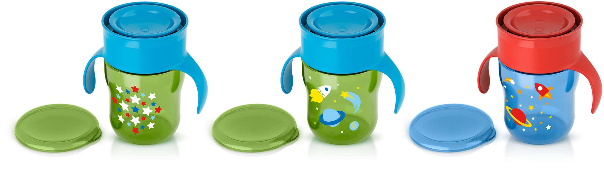 Aide l'enfant à apprendre à boire comme un grand
