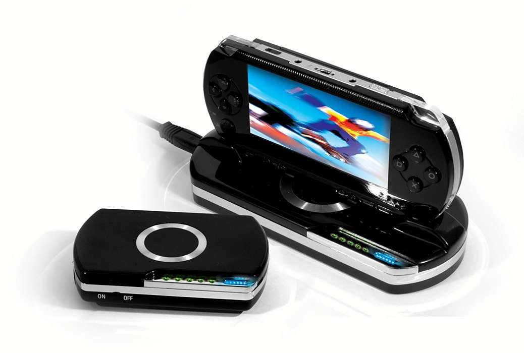 Charge and power your PSP