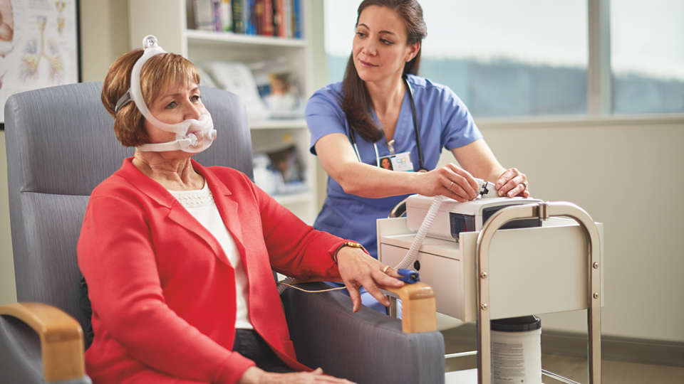 A patient is setup on Philips Ventilator BiPAP A40 EFL