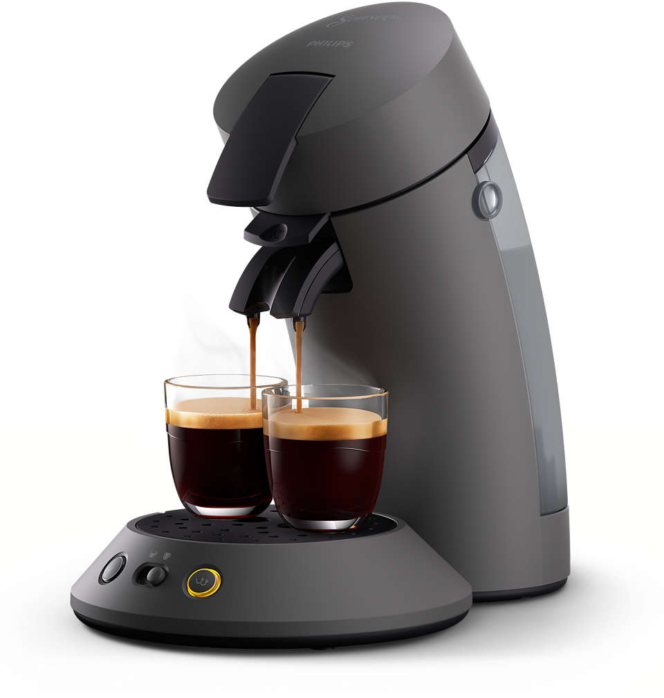 Geniet van heerlijke zwarte koffie — lungo of sterk