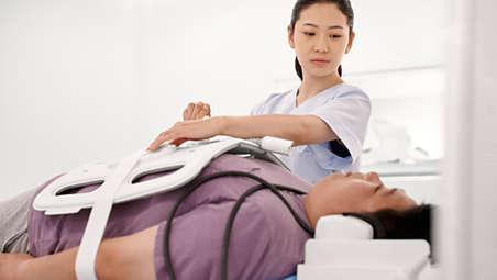Skrócenie czasu badania przez ograniczenie liczby czynności wymaganych do pozycjonowania pacjenta