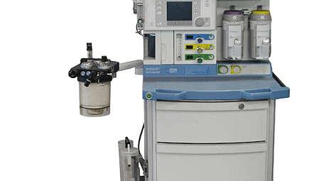 IntelliVue MX400/MX450/MX500/MX550: Dräger Fabius GS Mounting Kit